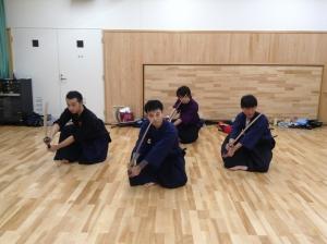 イケメン剣士4人衆